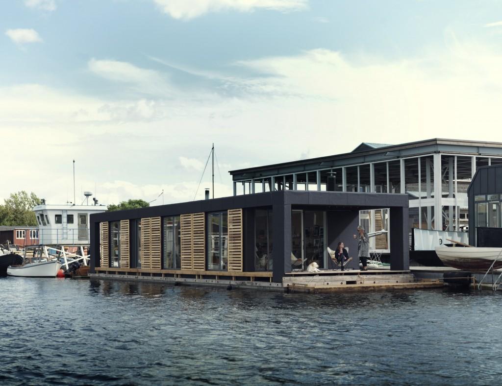 cph_houseboat_outside-2048x1575