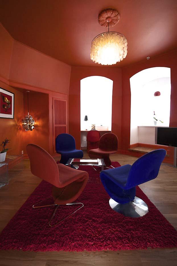 Panton-suite-lounge-room1