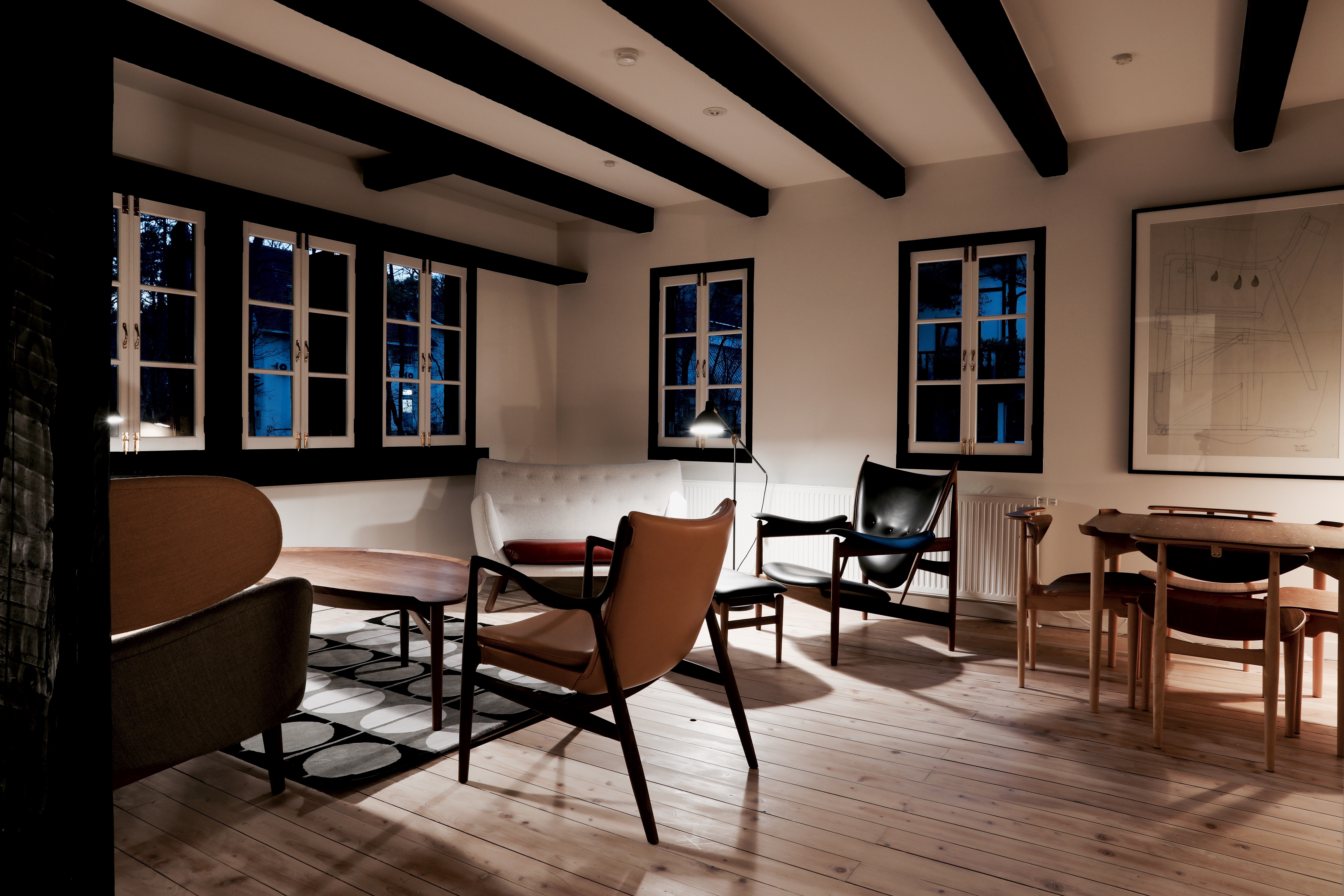 finn juhl hotel hakuba denmark design. Black Bedroom Furniture Sets. Home Design Ideas